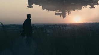 Thumbnail image for District9_Copley_ship2.jpg