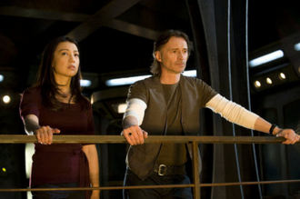 Stargate_Universe_Carlyle_rush_Camille.jpg