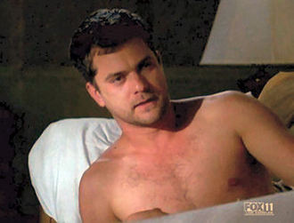 Fringe_joshua_jackson_shirtless.jpg