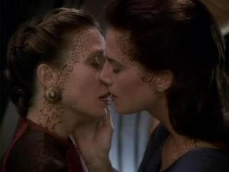 Help you? Top 5 lesbian scenes absolutely agree