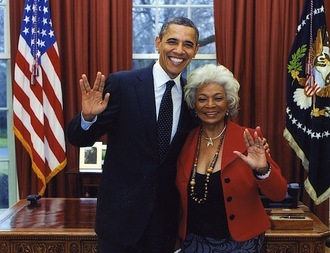 obama-nichelle-nichols-star-trek.jpg