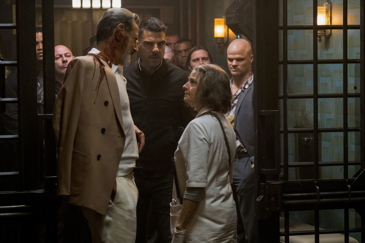 Jeff Goldblums Distinctive Scent Jodie Fosters Waddle And Other Important Hotel Artemis Facts