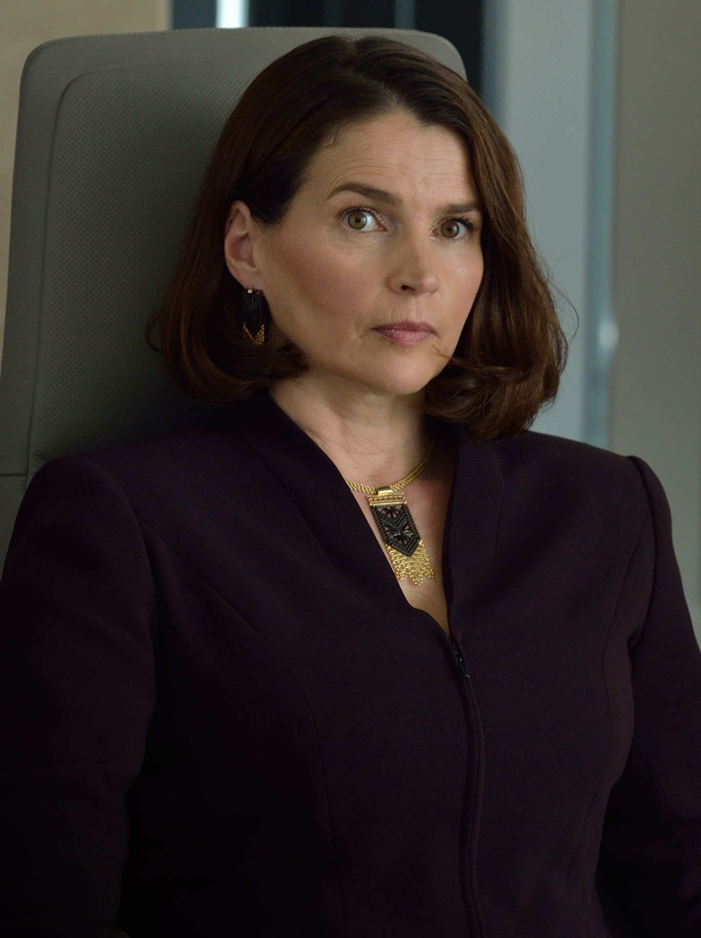 Julia Ormond Height Weight Body Measurements Bra Size Age: Julia Ormond – (Character)