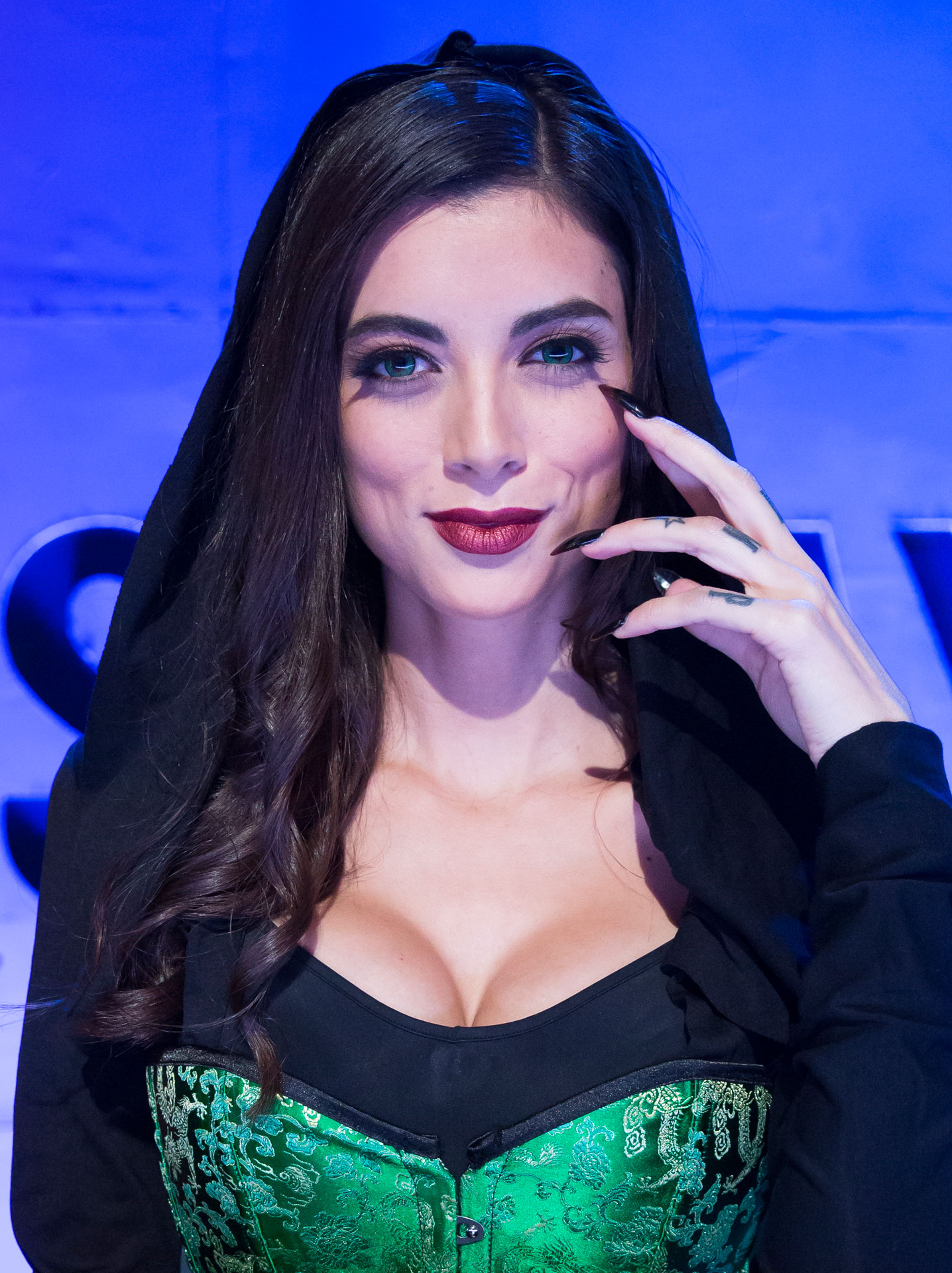 Leeanna Vamp Judge Cosplay Melee Syfy Wire