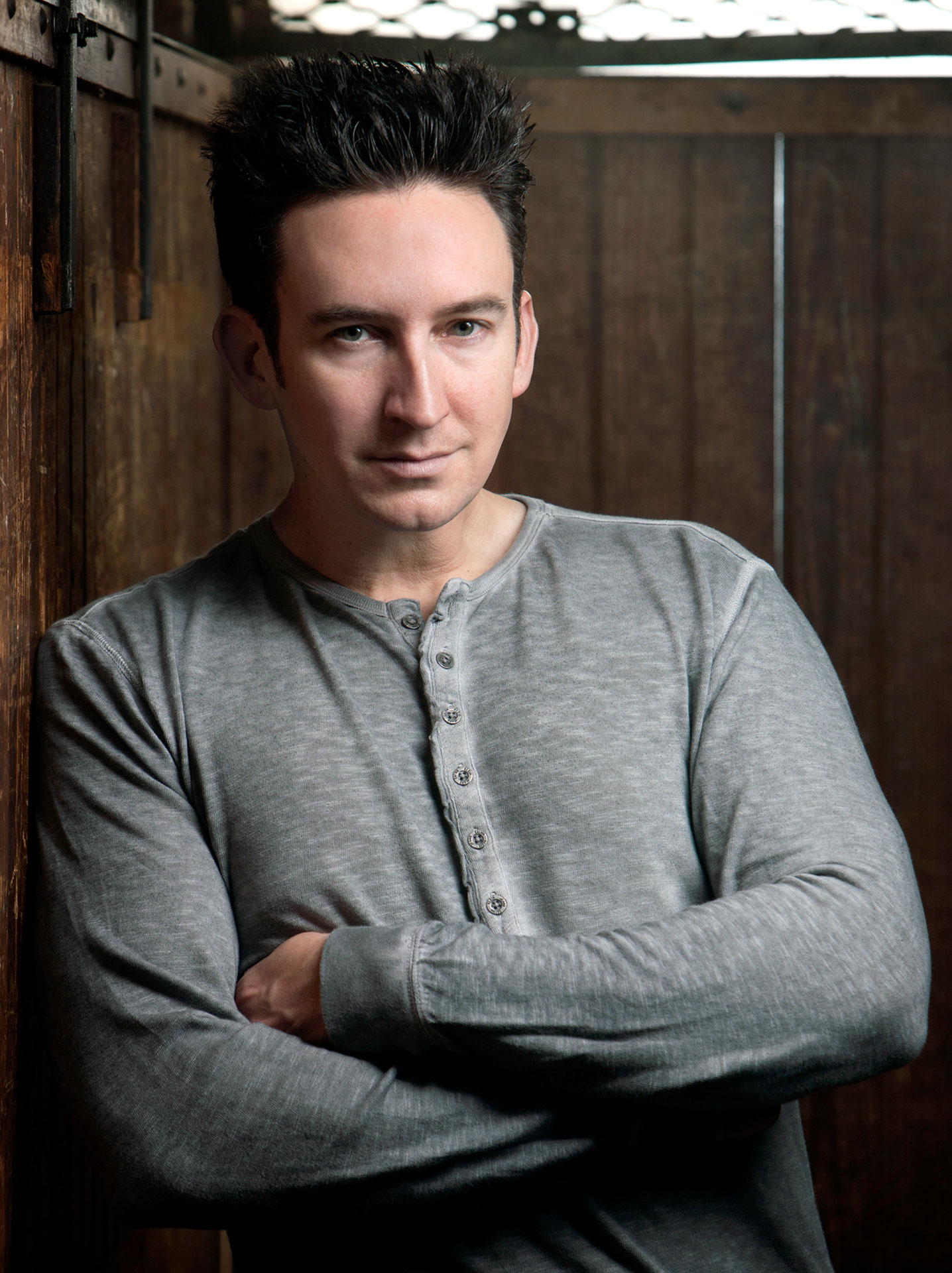 Dustin Pari Taps Team Ghost Hunters Syfy Wire