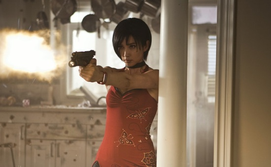 Resident Evil Retribution S Gals Are Packing Heat In 5 New Photos
