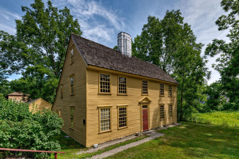 The Parson Barnard House (1715)