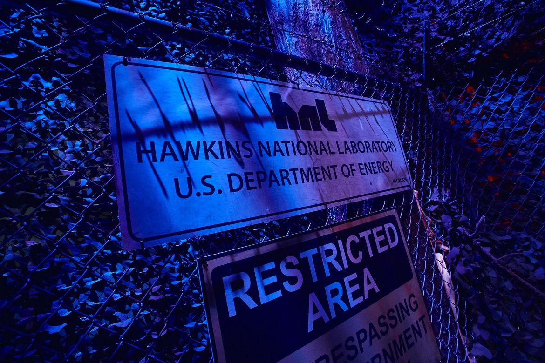 5_First Look Inside Stranger Things maze at HHN 2018