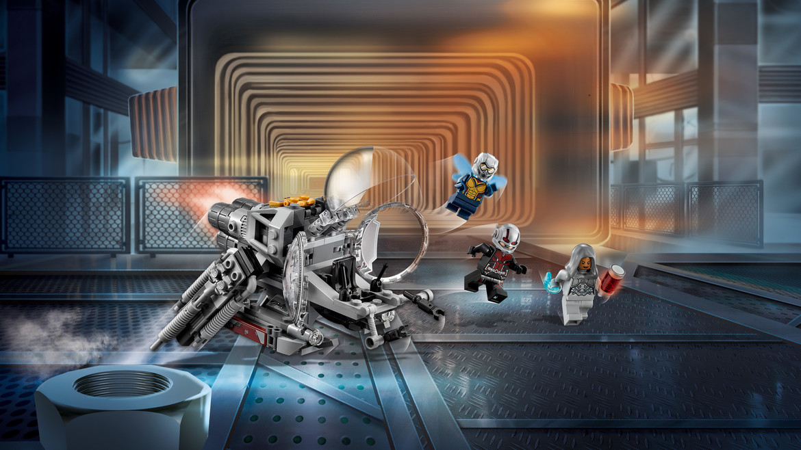 Ant-Man and the Wasp LEGO chase
