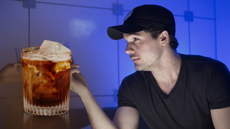 Drinks_02_holden_hero.jpg