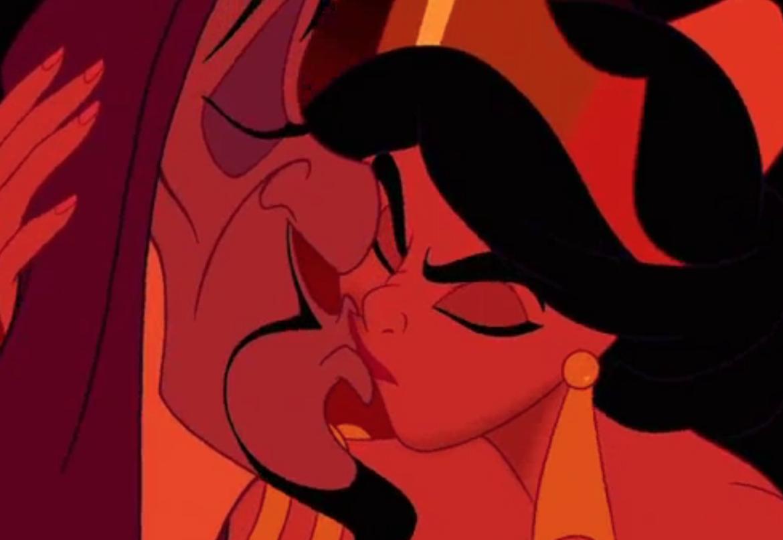 Aladdin_Jasmine Kisses Jafar