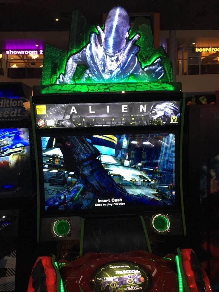 alien-1008976.jpg