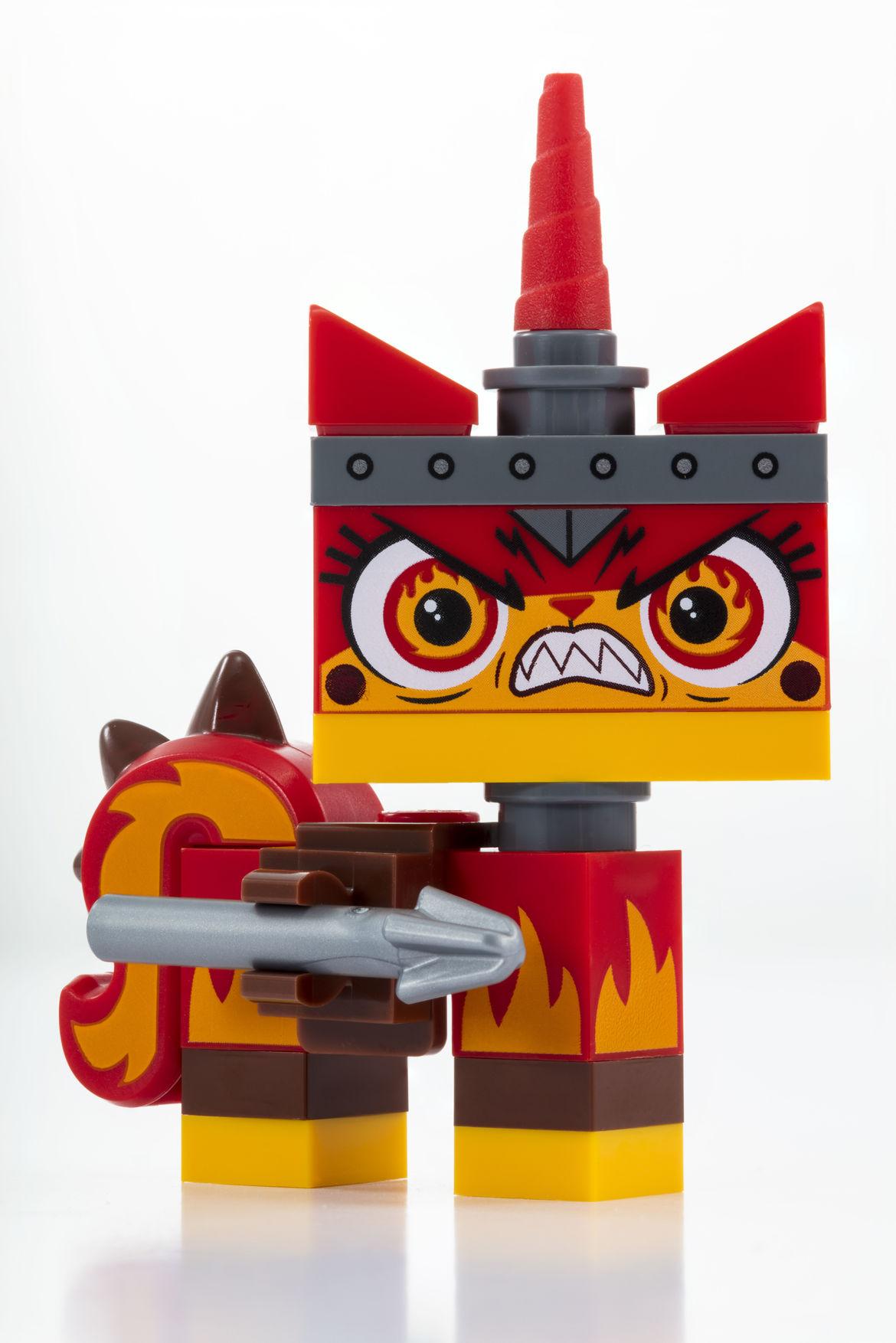 Apocalypseburg Unikitty_LEGO_SDCC_2018_Apocalypseburg_Unikitty_Rage
