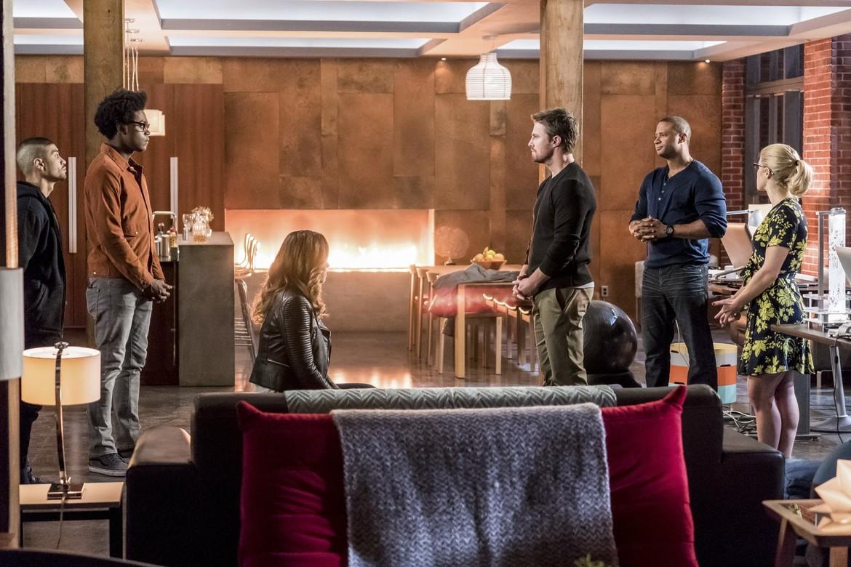 Arrow Season 6 Rene, Curtis, Dinah, Oliver, Diggle and Felicity