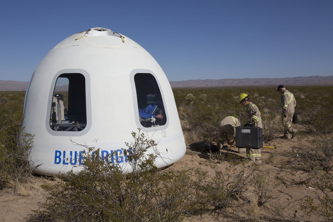 The upgraded crew capsule, with its large windows, sits on the ground after safely landing on the Blue Origin seventh test flight of the New Shepard rocket. Credit: Blue Origin