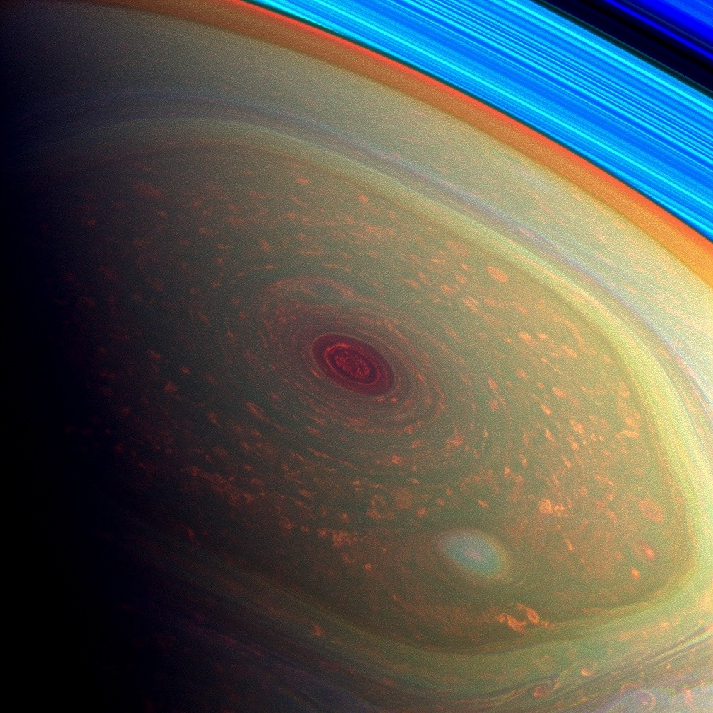 Saturn's iconic hexagonal north pole wind pattern. Credit: NASA/JPL-Caltech/SSI