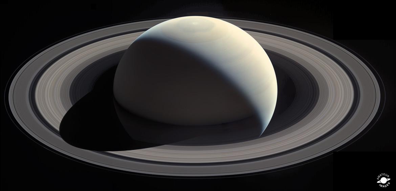 Summer hits Saturn's northern hemisphere. Credit: NASA / JPL / SSI / Ian Regan