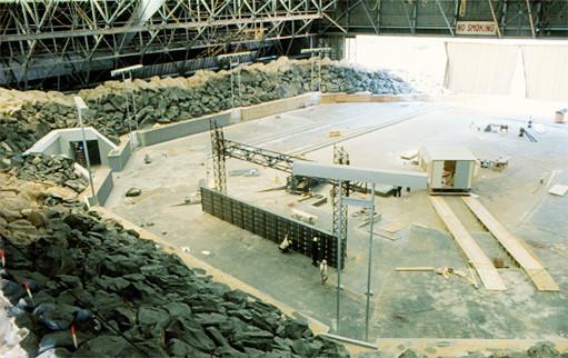 Close Encounters arena construction