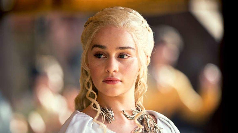 Who deserves the Iron Throne: Jon vs  Daenerys