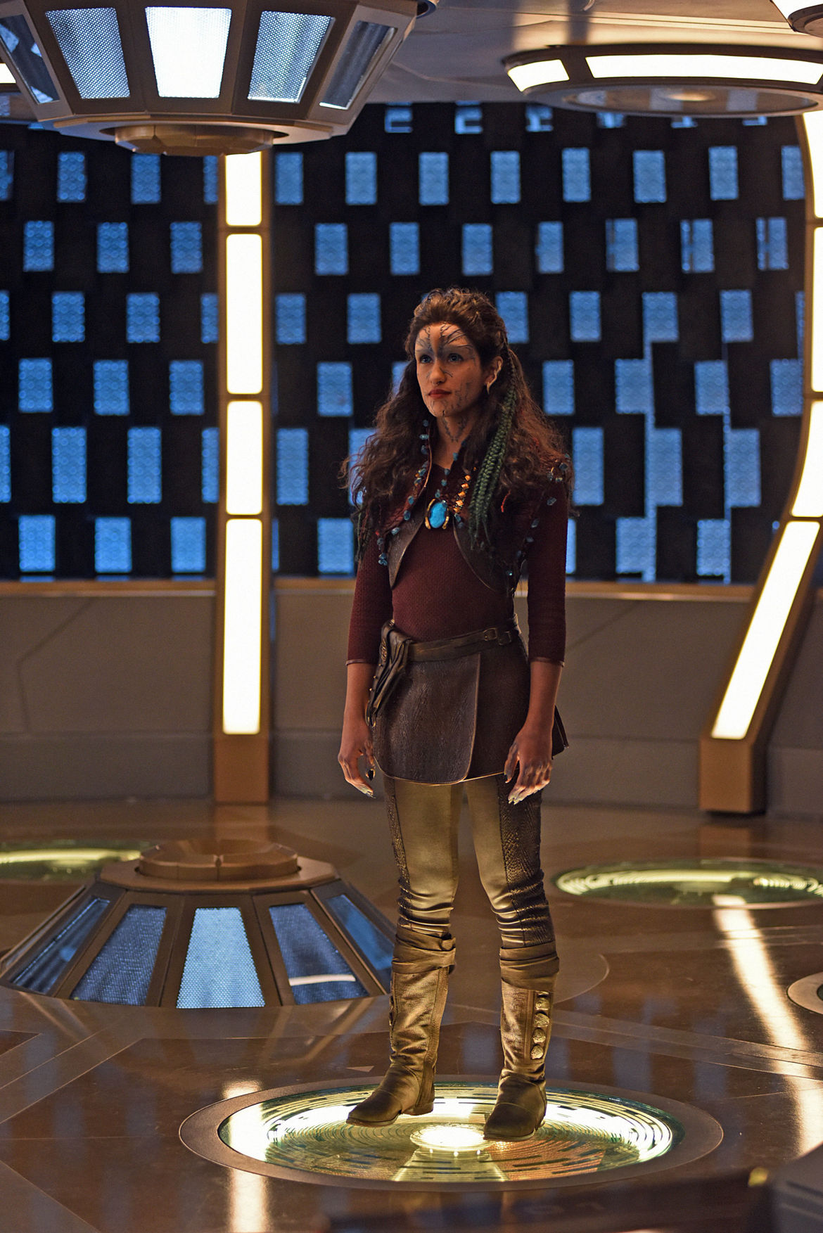 Star Trek: Discovery- Yadira Guevara-Prip as Po (Credit: John Medland/CBS)