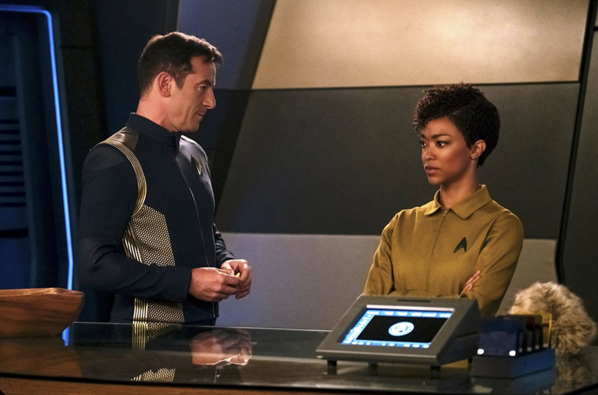 Lorca, Burnham, and tribble from Star Trek: Discovery