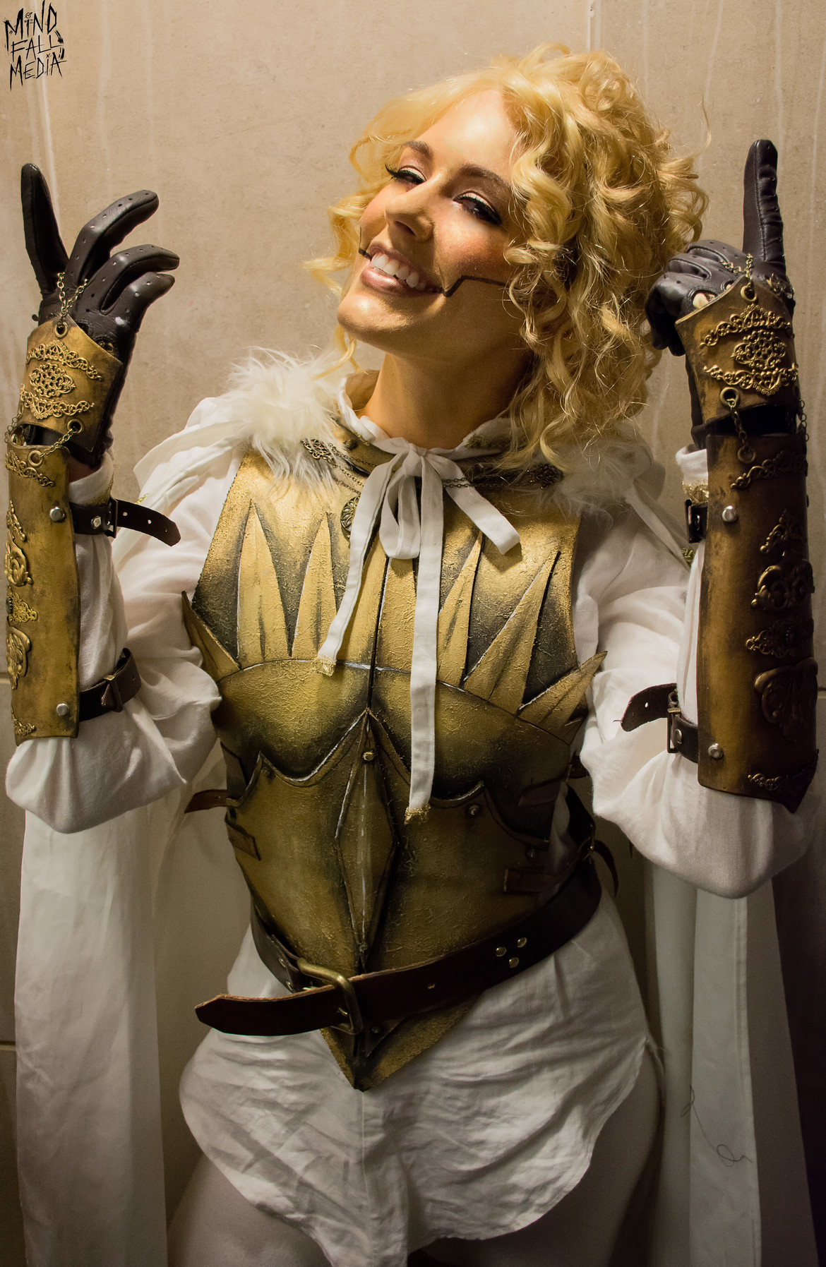 Anna Prosser Robinson as Evelyn from Dice, Camera, Action