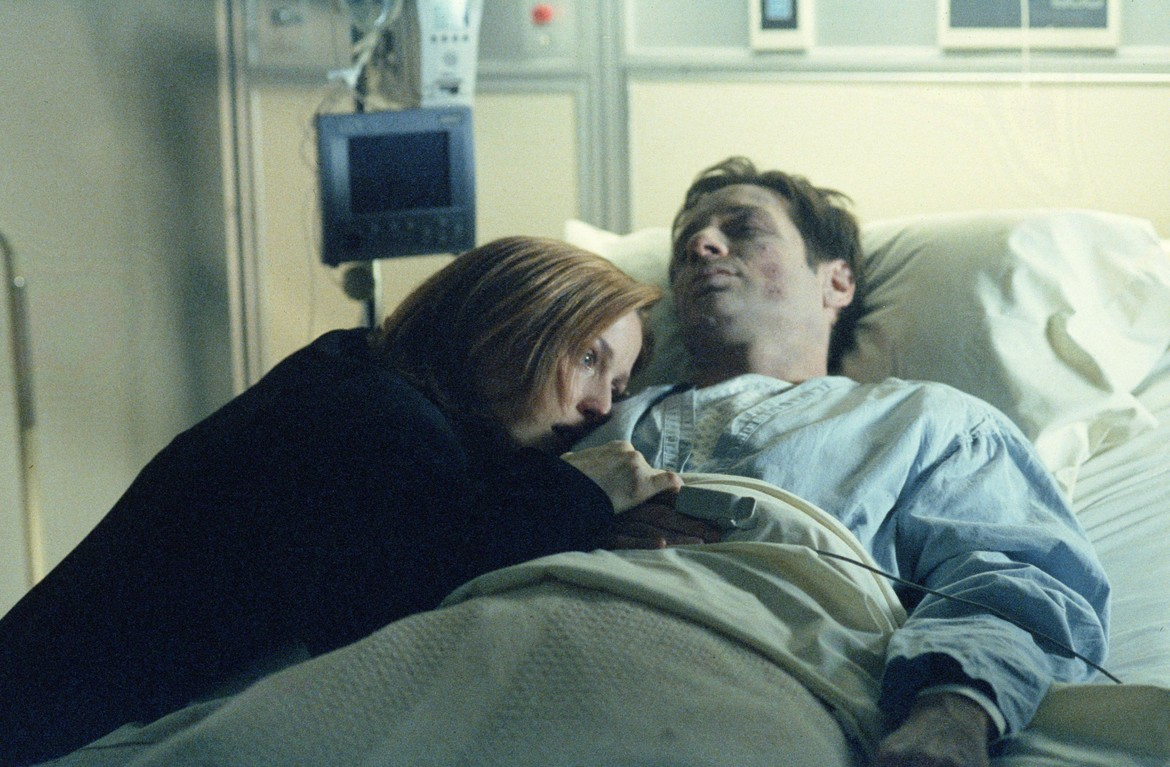 The X-Files S8 episode This is Not Happening - Scully at Mulder's bedside