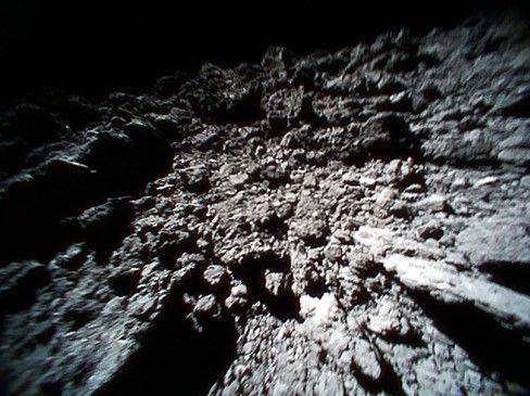 An image of the surface of the asteroid Ryugu taken by the rover MINERVA-II1 B. Credit: JAXA