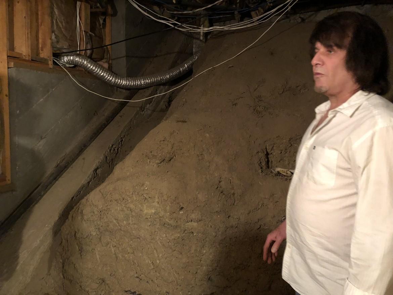 David Oman in the Earthen Room