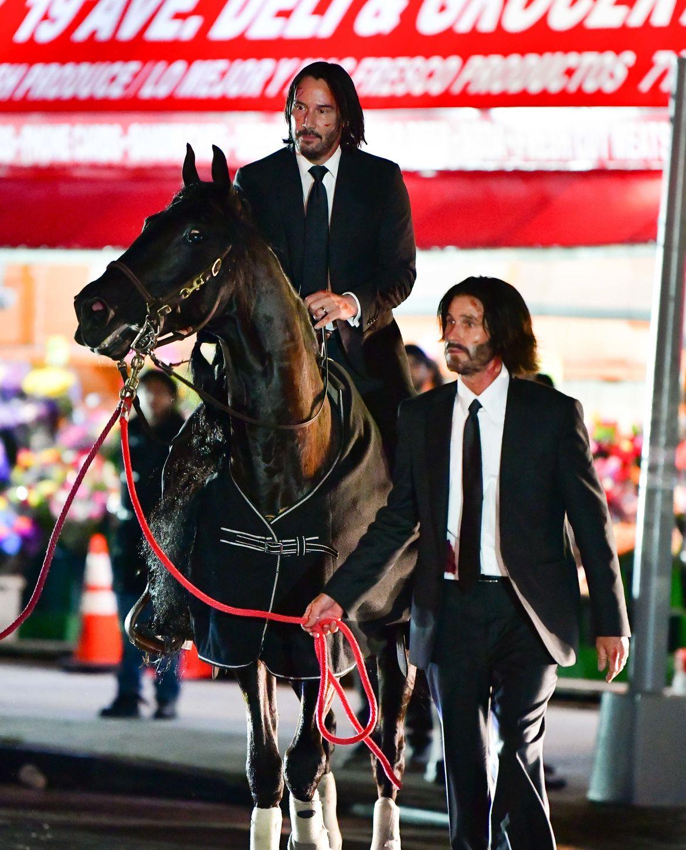 keanu-wick-horse