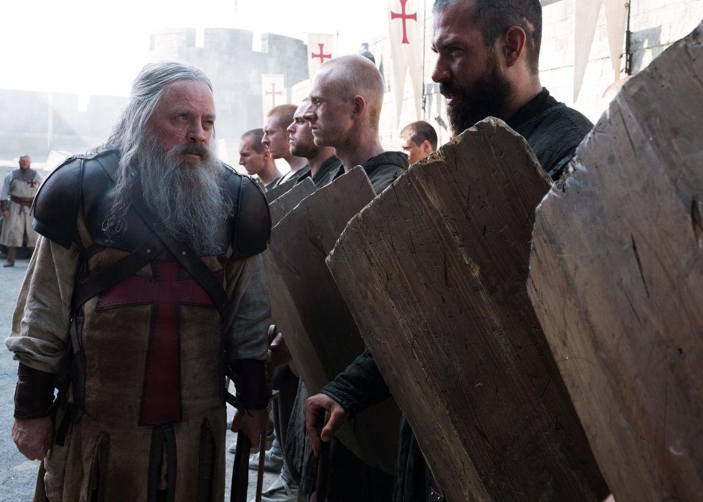 Mark Hamill and Tom Cullen in Knightfall