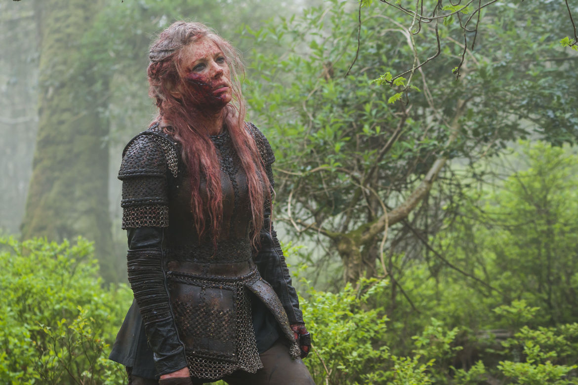 Vikings Season 5B What Happens In The Cave Lagertha Bloodied