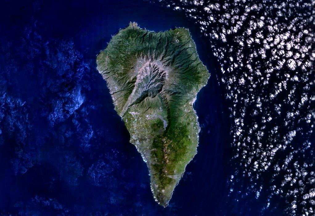 Landsat image of La Palma. Credit: USGS / Landsat