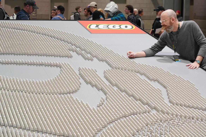 LEGO Stormtrooper build at Star Wars Celebration