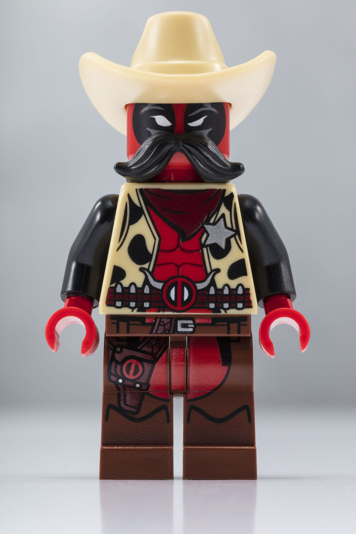 LEGO_SDCC_2018_Sheriff_Deadpool