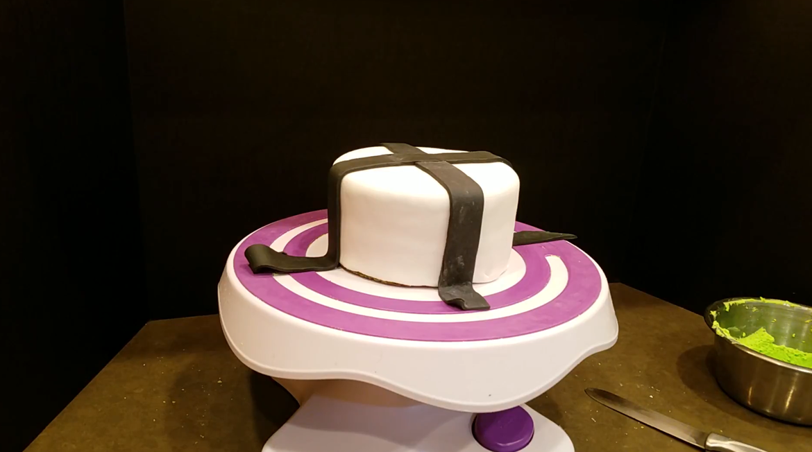 Fantastic Feasts Beetlejuice Cake Syfy Wire