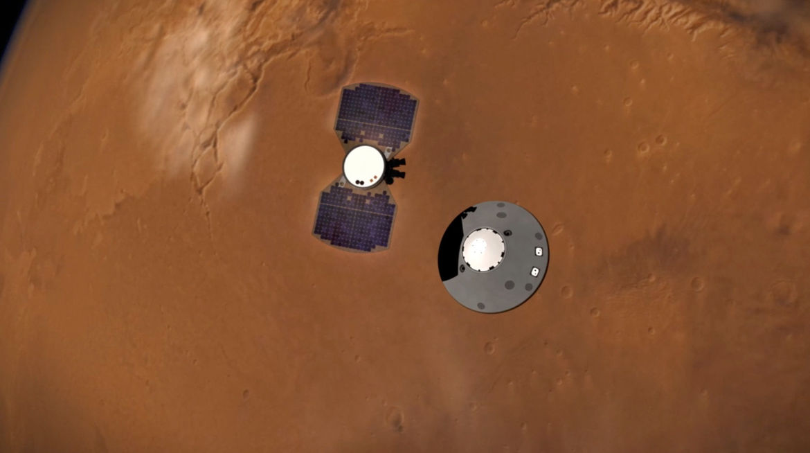 14 minutes before landing on the surface of Mars, the InSight probe (right) drops away from the cruise stage that brought it to the Red Planet. Credit: NASA/JPL-Caltech