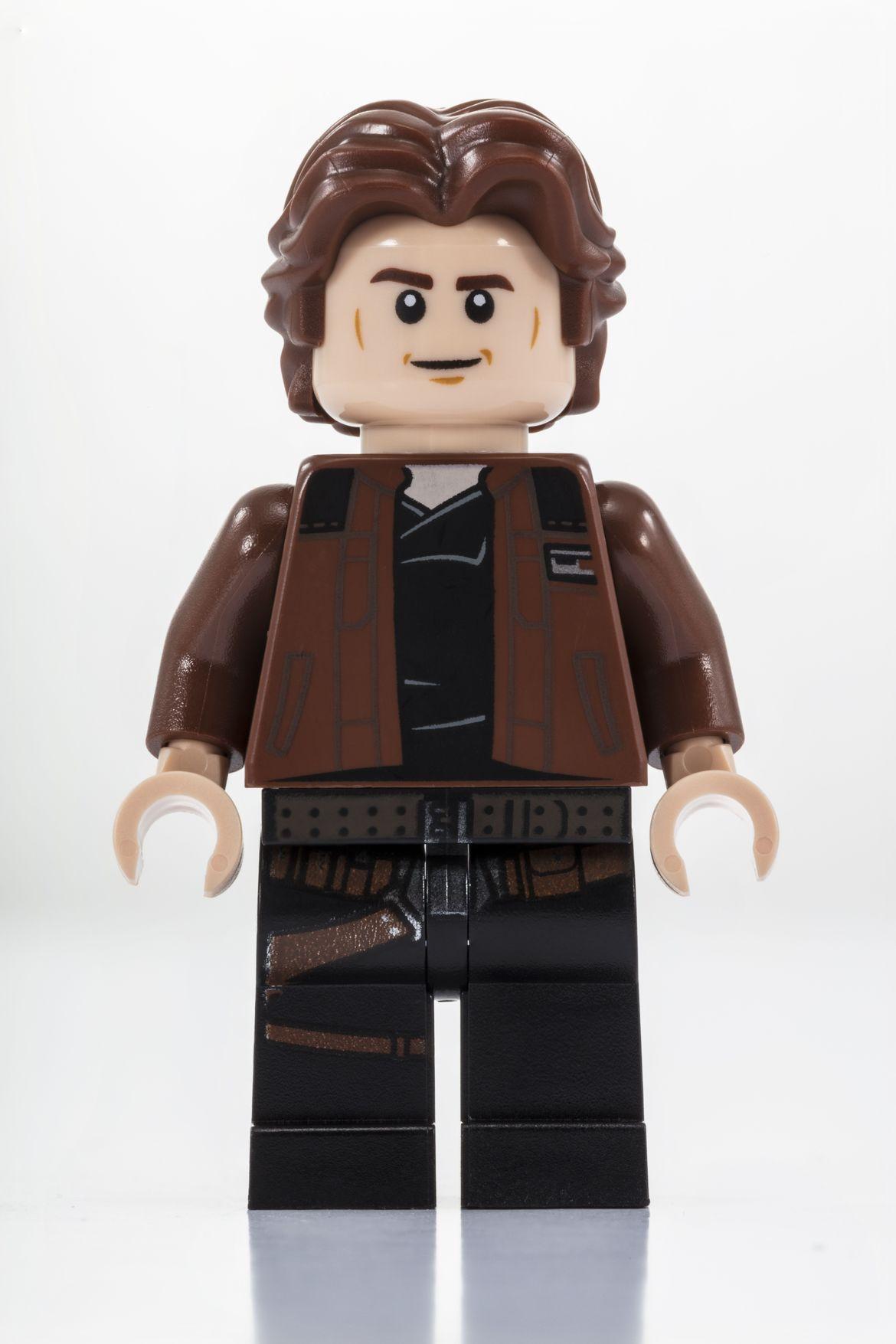Millennium Falcon Cockpit_LEGO_SDCC_2018_Han_Solo