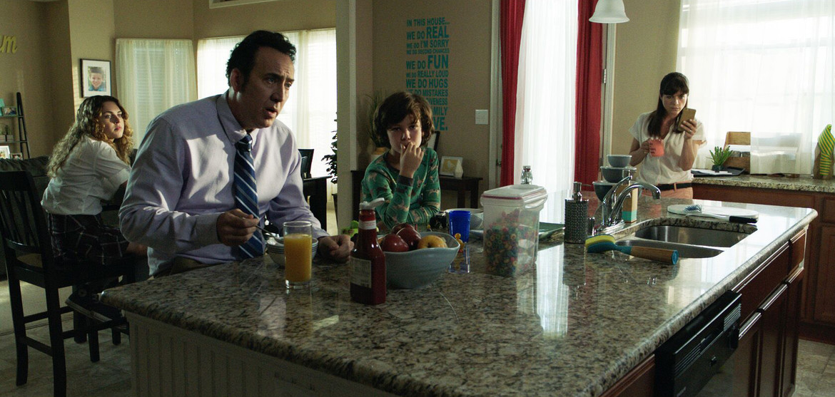Mom and Dad with Nicholas Cage and Selma Blair