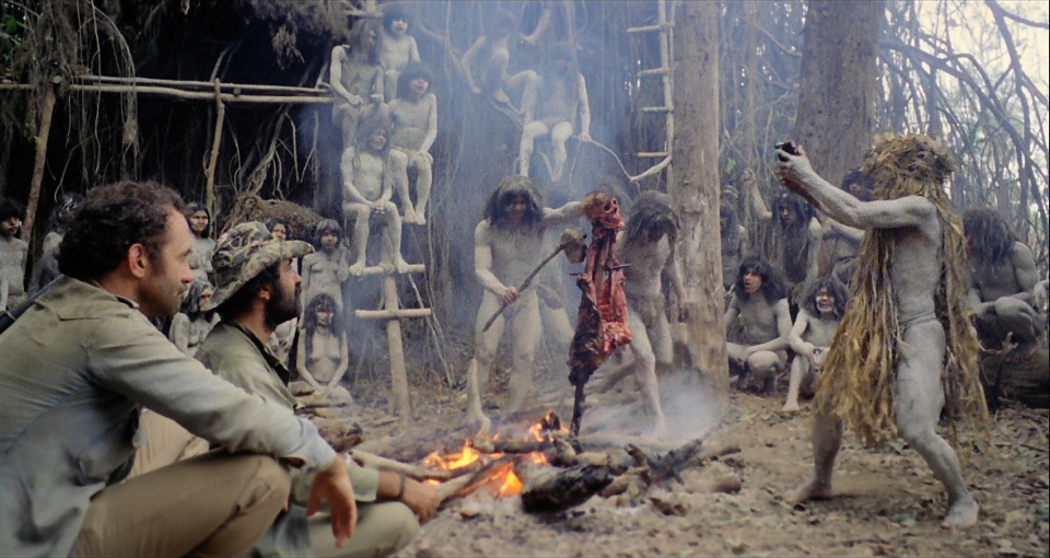 Cannibal Holocaust - feast scene