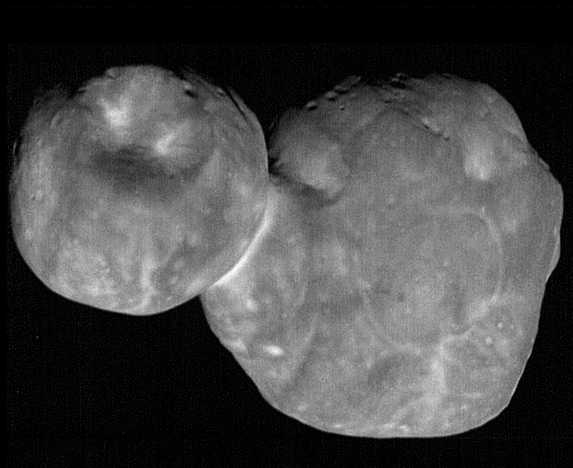 The highest resolution image of the Kuiper Belt Object 2014 MU69, taken by the New Horizons spacecraft minutes before closest encounter in 2019. Credit: NASA/Johns Hopkins Applied Physics Laboratory/Southwest Research Institute, National Optical Astronomy