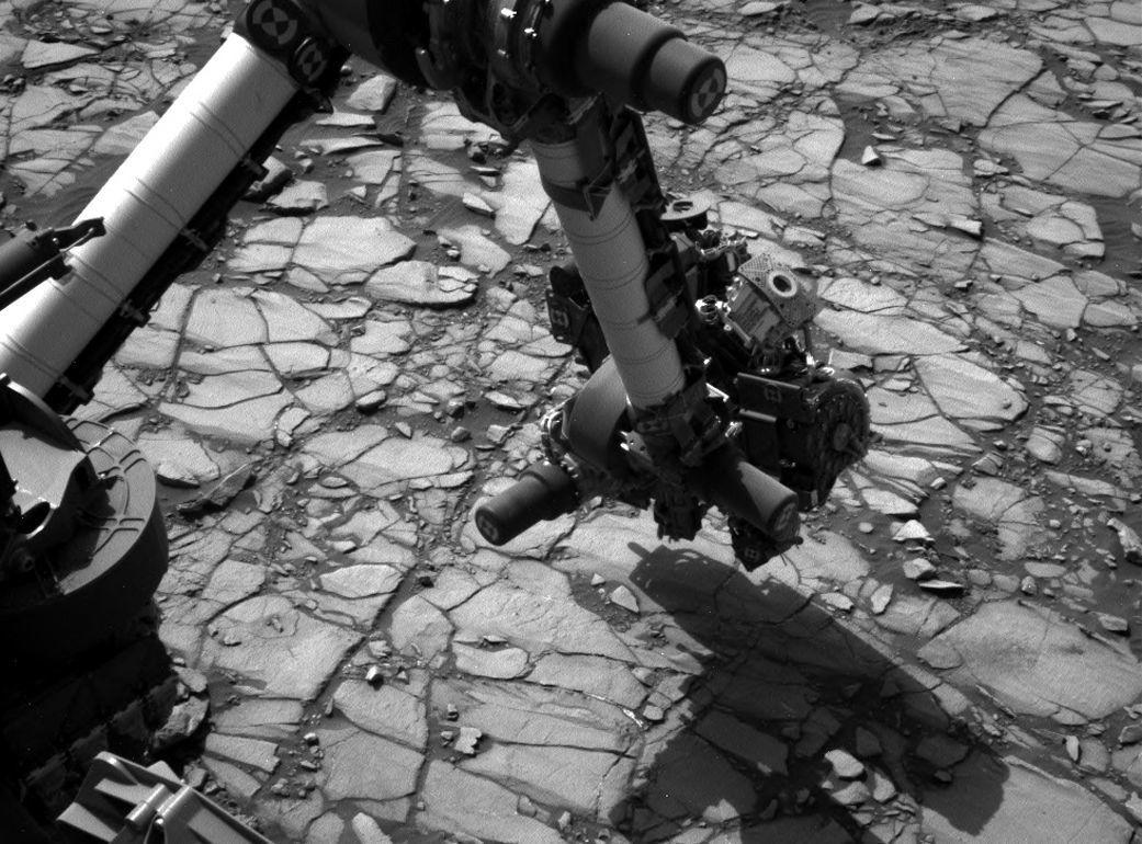 Mars Curiosity rover on Mount Sharp