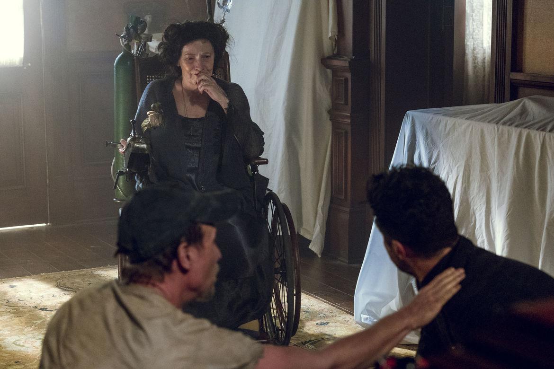 Preacher, Dominic Cooper as Jesse Custer, Betty Buckley as Gran'Ma, Colin Cunningham as TC
