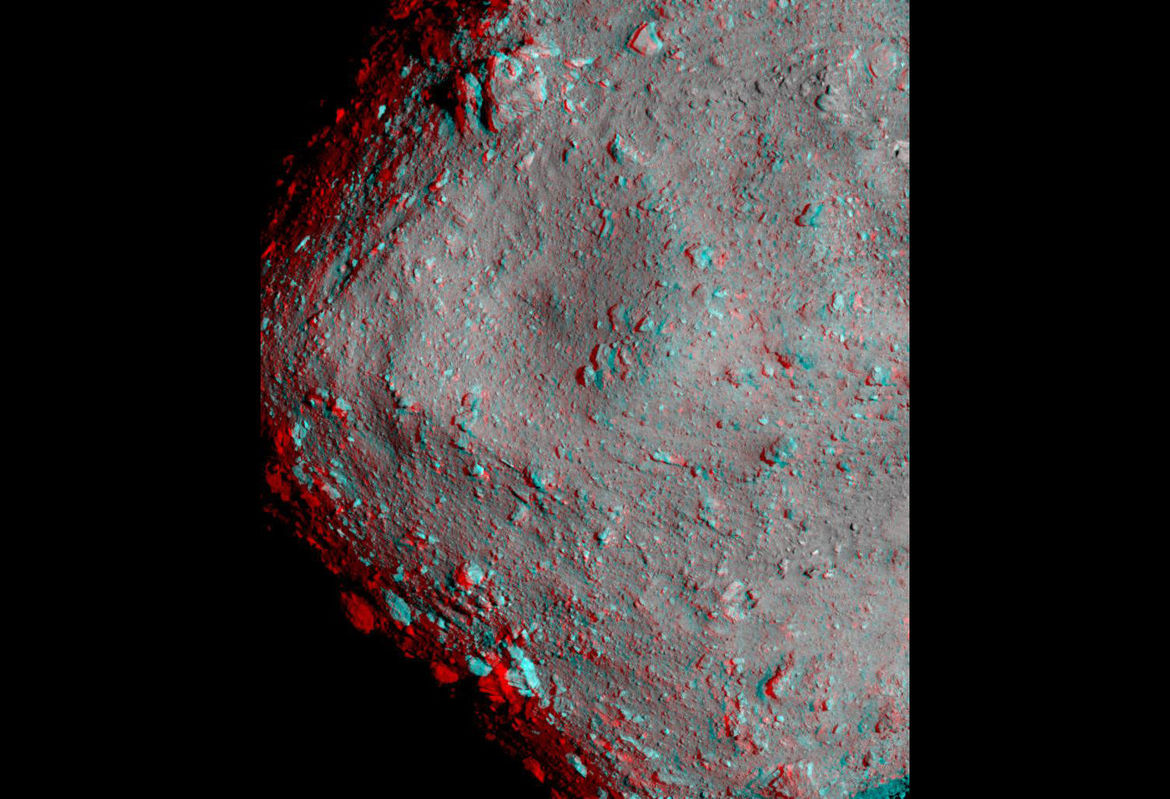 Red/blue anaglyph showing 3D features on the surf ace of the asteroid. You'll need red/green or red/blue glasses to see it correctly.