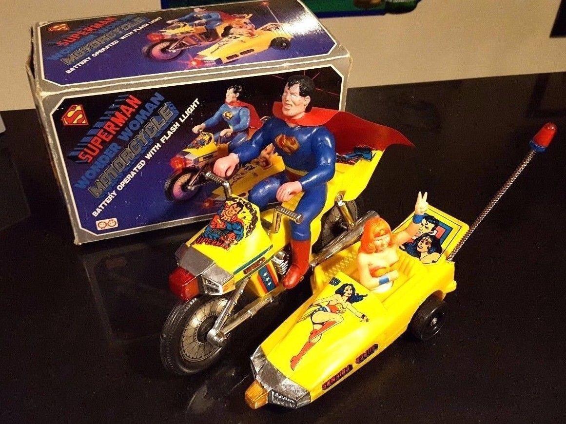 superman wonder woman motorcycle toy