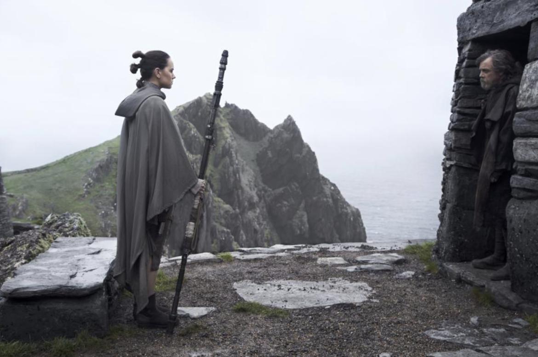 Star Wars The Last Jedi Luke Hut