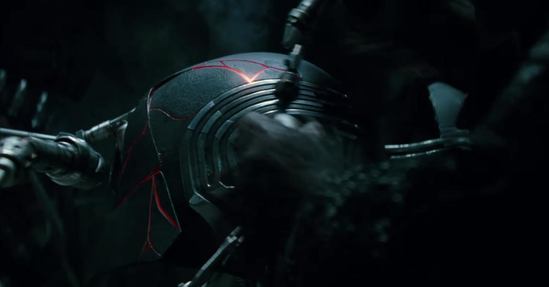 Star Wars: The Rise of Skywalker (Kylo Ren helmet)