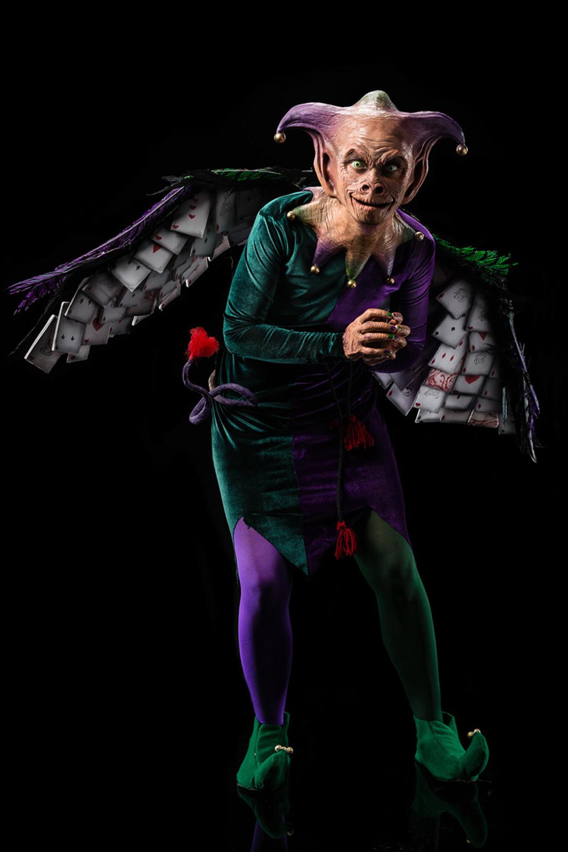 season7-episode6-wizard-of-wonderland-dina-stella-flying-monkey.jpg