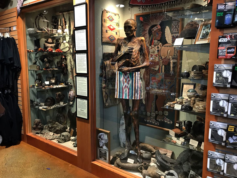 Seattle's Ye Olde Curiosity Shop 1 mummy
