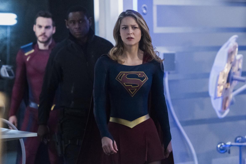 Supergirl episode 319 - Supergirl, J'onn, and Mon-El
